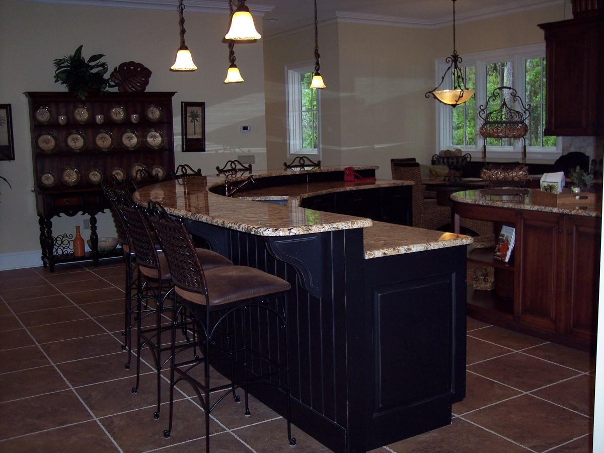 Step up kitchen islands bar perfect kitchen island plug for The perfect kitchen island